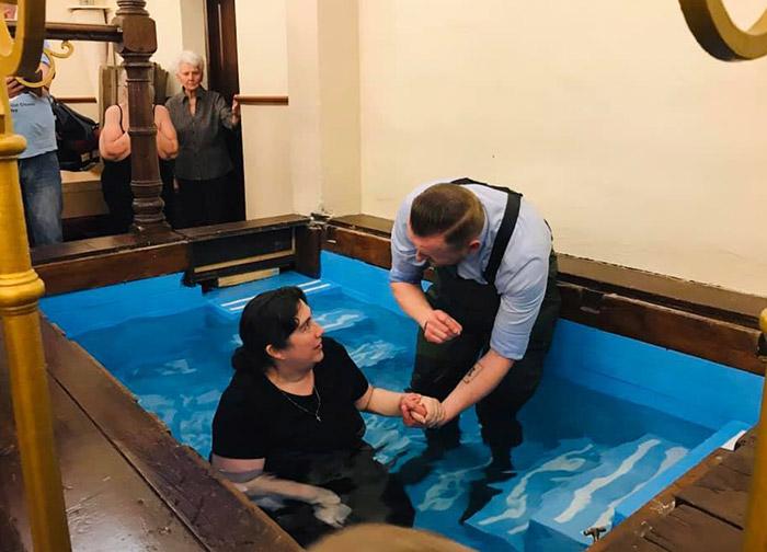 http://www.orricks2wales.com/wp-content/uploads/2021/02/baptism700x504.jpg