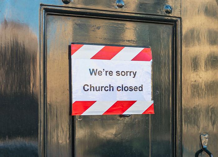 http://www.orricks2wales.com/wp-content/uploads/2021/02/church-closed-sign700x504.jpg